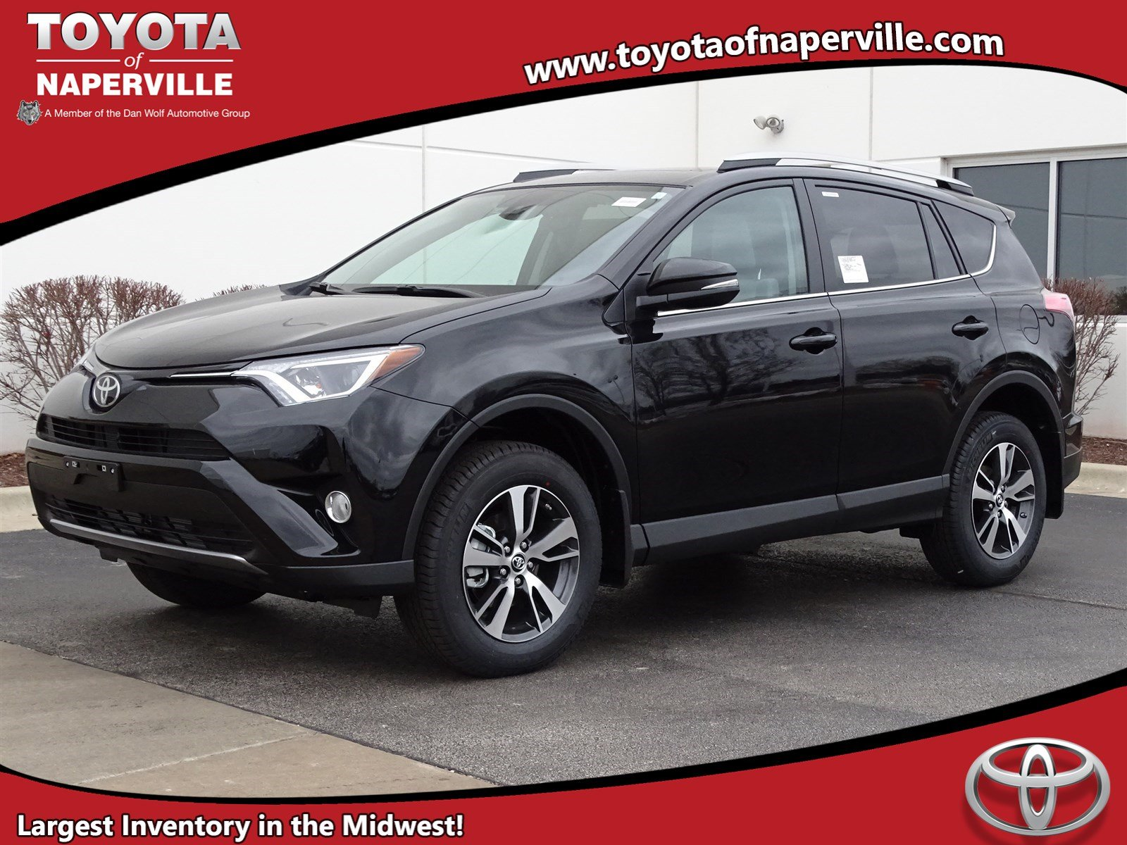 new 2017 toyota rav4 xle sport utility in naperville t24500 toyota of naperville. Black Bedroom Furniture Sets. Home Design Ideas